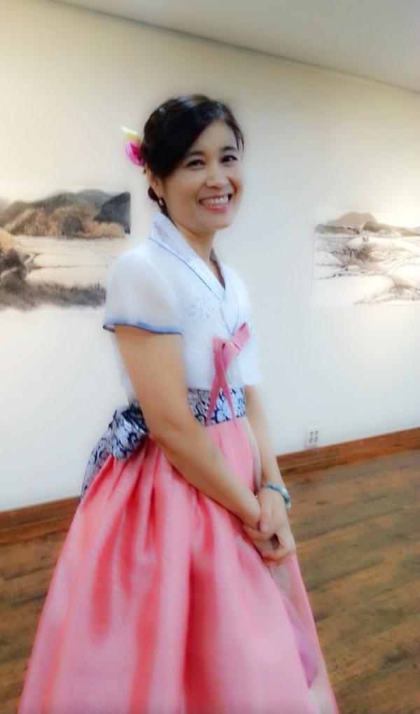 감성치유에 기여하는 한국화가 손현미 작가